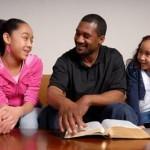 Los Asesinos de la Familia: El exceso de compromisos y el agotamiento físico