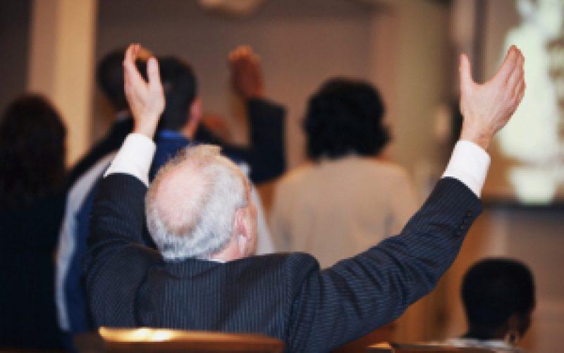 Venciendo pruebas y tentaciones en el poder de Dios